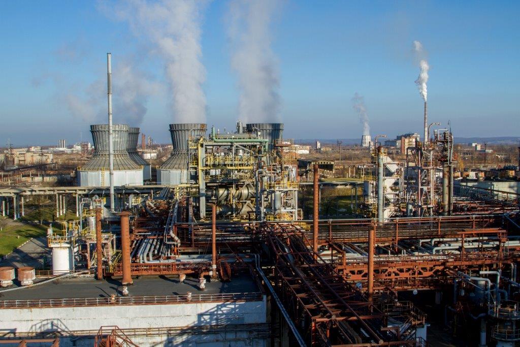 ТОВ «Карпатнафтохім» залучив додаткових підрядників для відновлення виробництва поліетилену