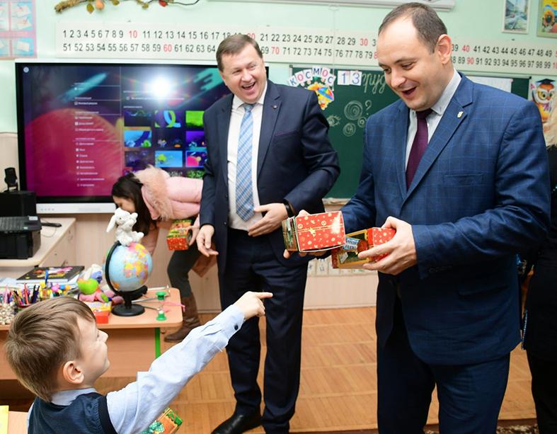 Для всіх 125-ти перших класів в Івано-Франківських школах закуплено інтерактивні дошки