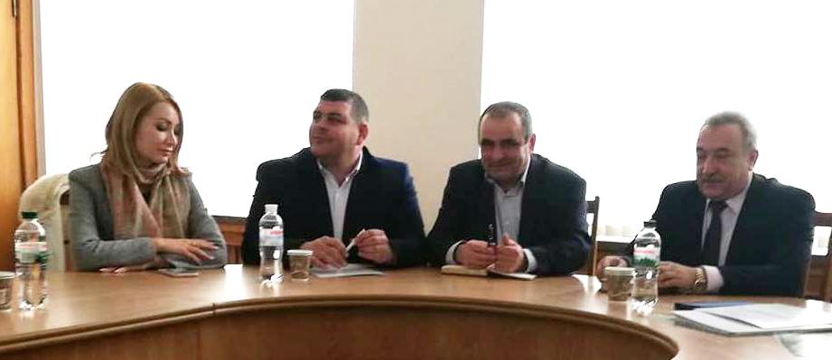 зліва-направо – А. Романова, Р. Круховський, В. Двояк та І. Драгомирецький