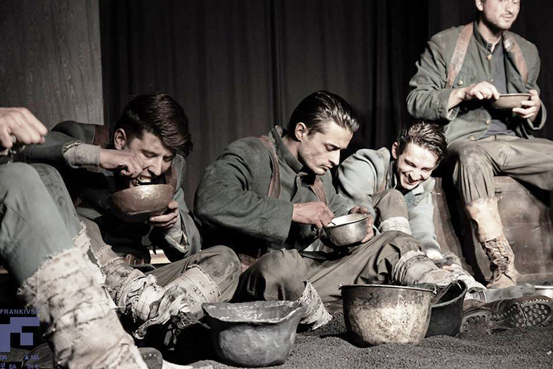 Фрагмент із драми «На Західному фронті без перемін»