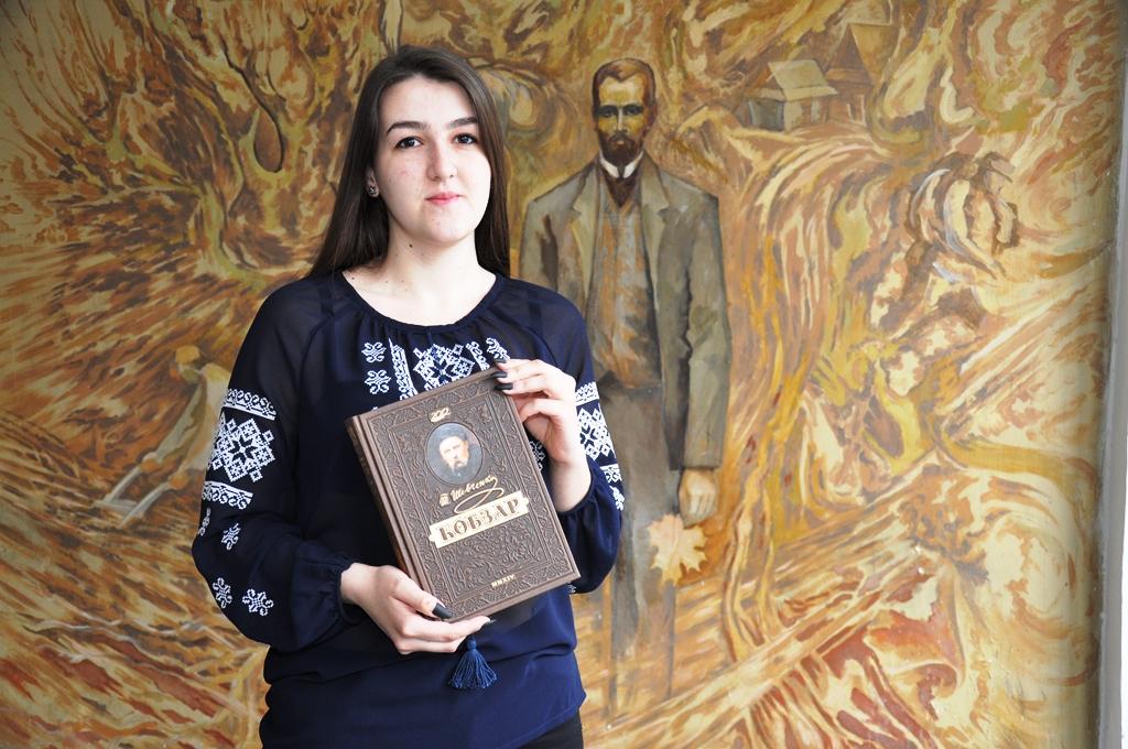 Франківська студентка перемогла у мовно-літературному конкурсі імені Тараса Шевченка