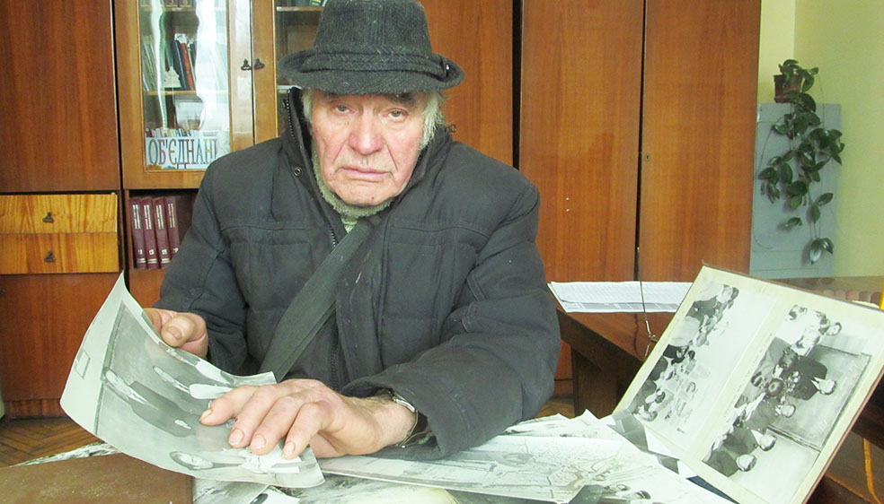 Василь Гуменяк у редакції газети «Галичина»