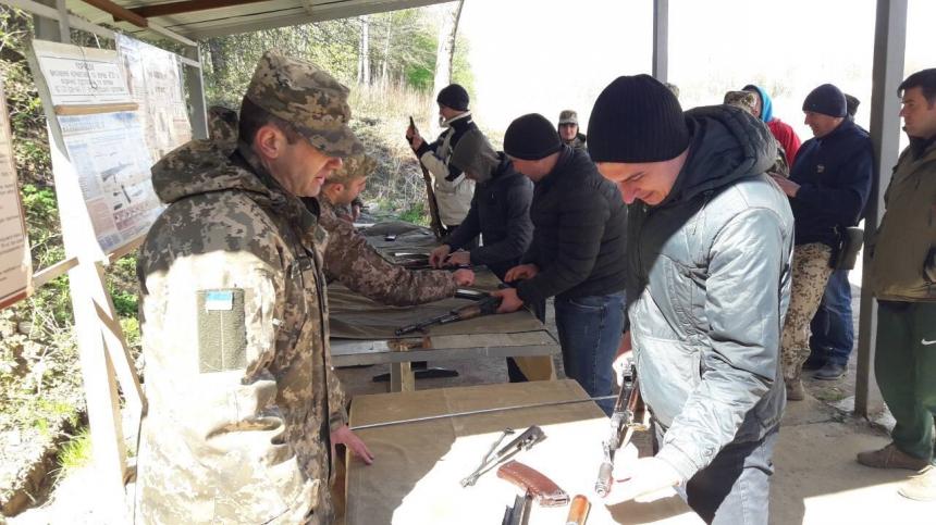 На Франківщині провели навчання для резервістів та військовозобов'язаних (фотофакт)