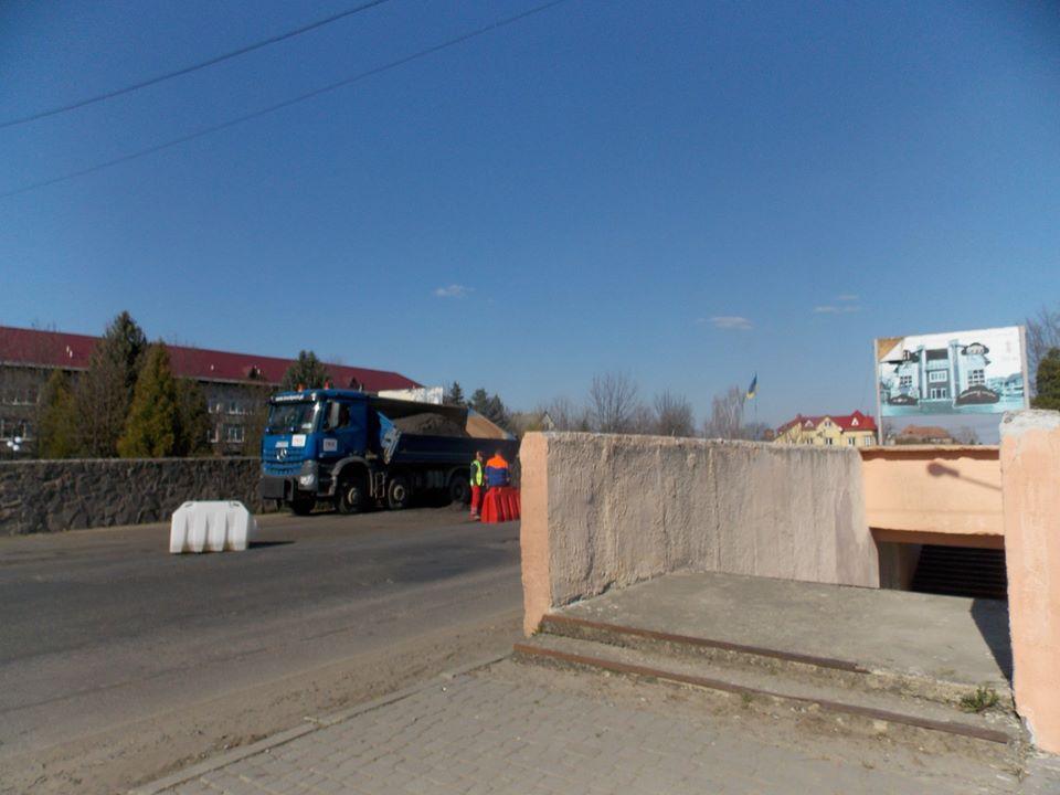 На державній автотрасі в Брошнів-Осаді відновлять підземний перехід (фотофакт)