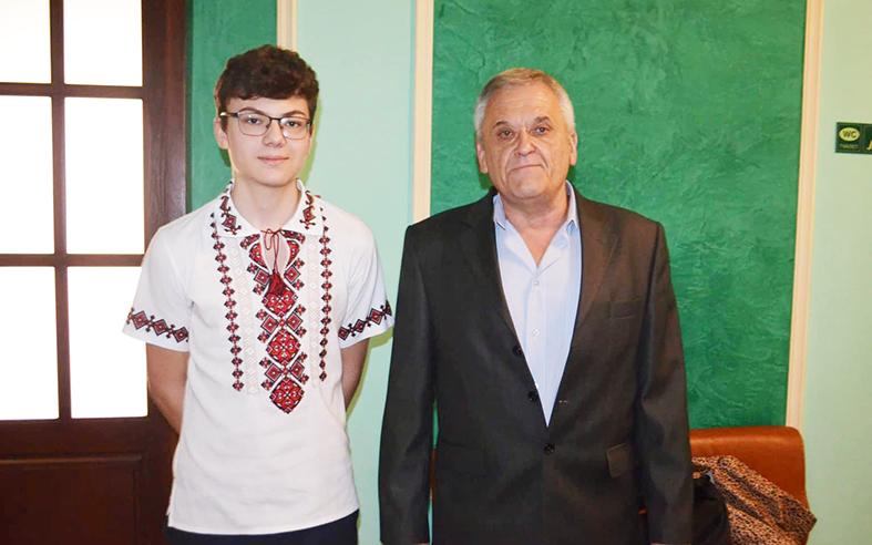Максим Максьом зі своїм наставником Віталієм Басанцем
