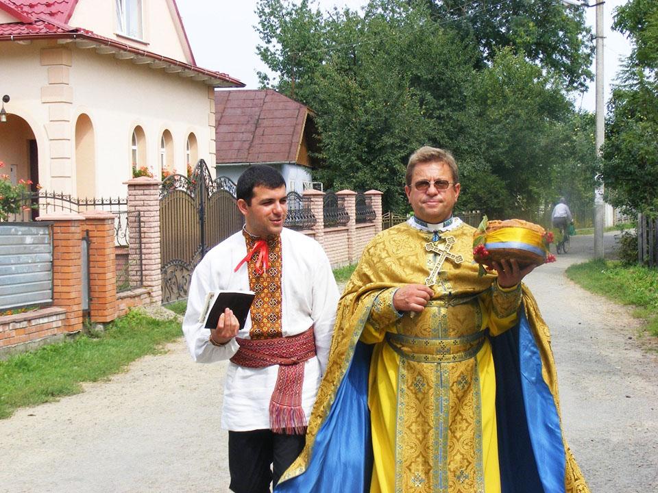 о. Микола Григорук зі своїм наставником о. Іваном Качанюком