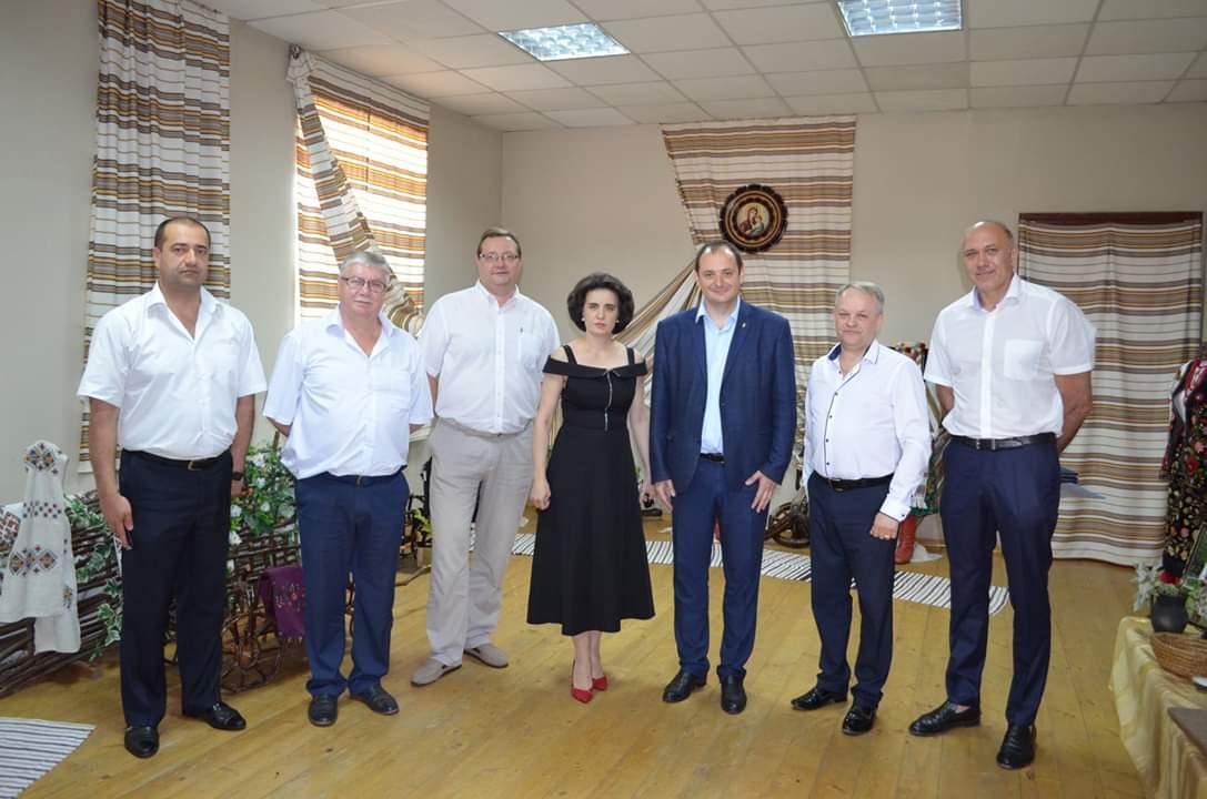 Форум місцевого самоврядування провели на Прикарпатті (відеосюжет)