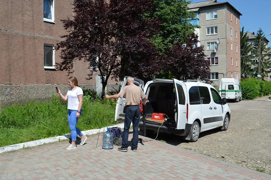 У Бурштині провели заміри забруднення атмосферного повітря (фотофакт)