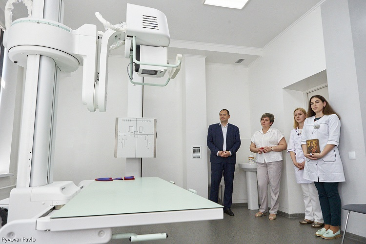 В Івано-Франківську встановили новий рентген за шість мільйонів гривень (фотофакт)