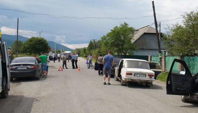 «Укрнафта» страждає через перекриття доріг на Надвірнянщині (фотофакт)