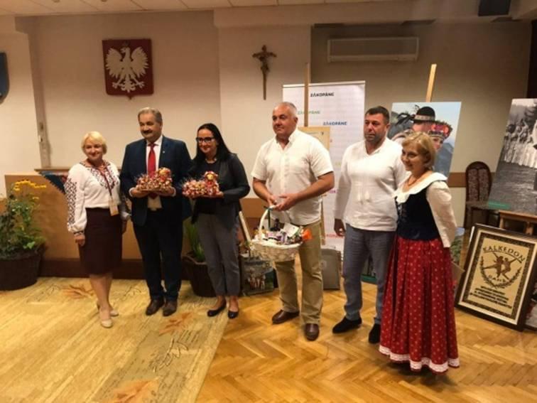 Прикарпатці взяли участь у польському фольклорному фестивалі (фотофакт)