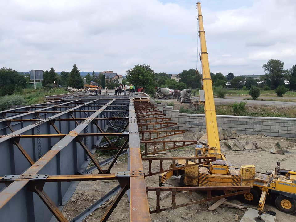 """Результат пошуку зображень за запитом """"У Косові розпочали бетонувати міст через Рибницю"""""""