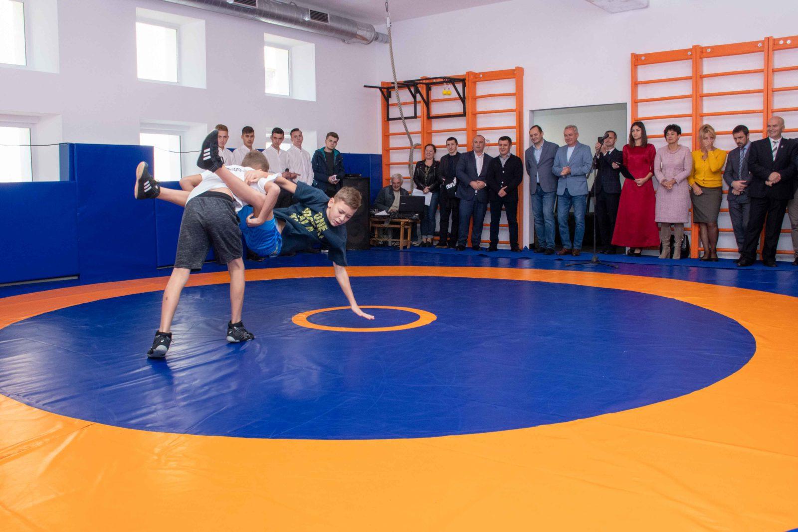 В Івано-Франківську відкрили залу для вільної боротьби