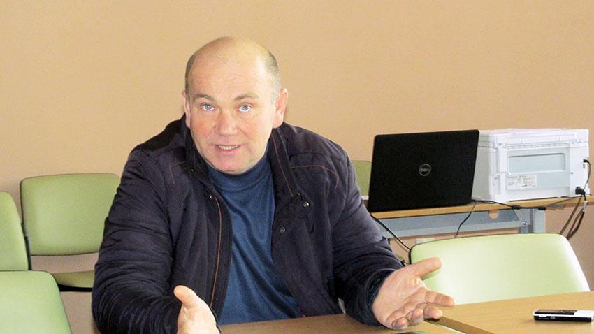 Заступник голови Більшівцівської селищної ради ОТГ Віктор Атаманюк.