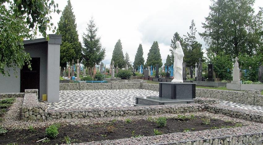 Стан кладовища – дзеркало пошанівку до рідної колиски.