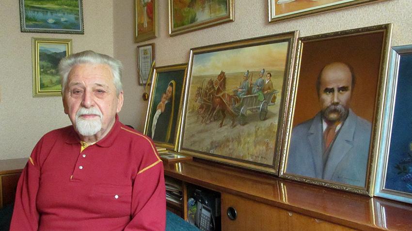 Богдан Шипайло у власному помешканні в Івано-Франківську.