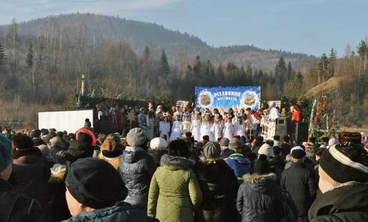 (фото з архіву) Під час різдвяного фестивалю «Коляда у ріднім краї».