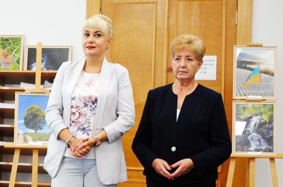 Експозицію журналістських робіт представили Л. Боднарчук та В. Плахта.